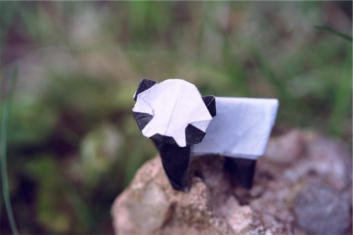 panda lonesome, origami panda, designed by Yamada Katsuhisa