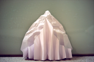 origami minas tirith, designed by Gabrielle Chan