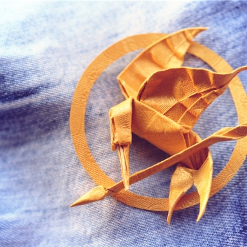 origami mockingjay, designed by Gabrielle Chan