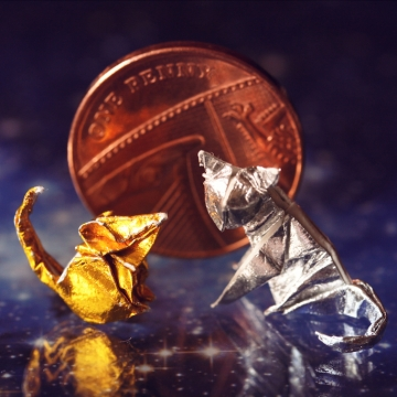 sun and moon, miniature metallic origami cat and rat, designed by Anibal Voyer and Hoang Tien Quyet