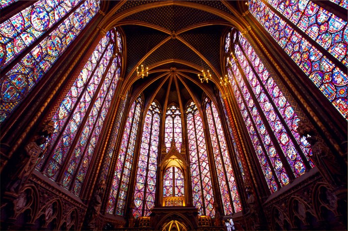 stained glass windows of sainte chapelle, paris