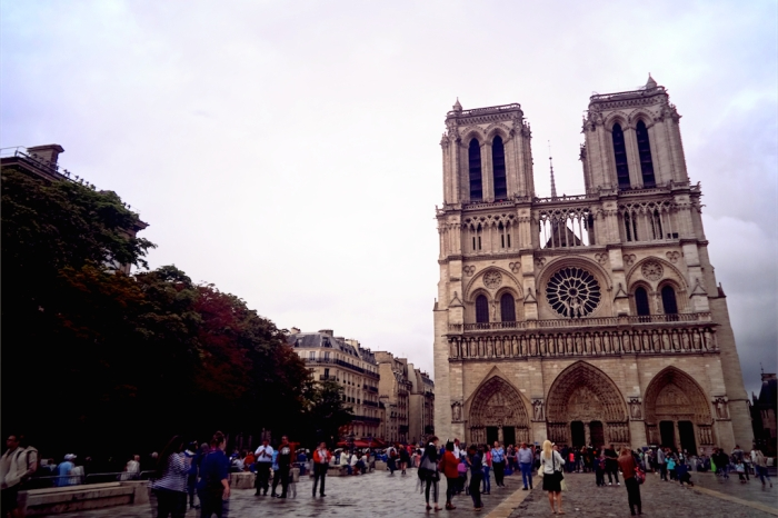 exterior of notre dame cathedral, paris